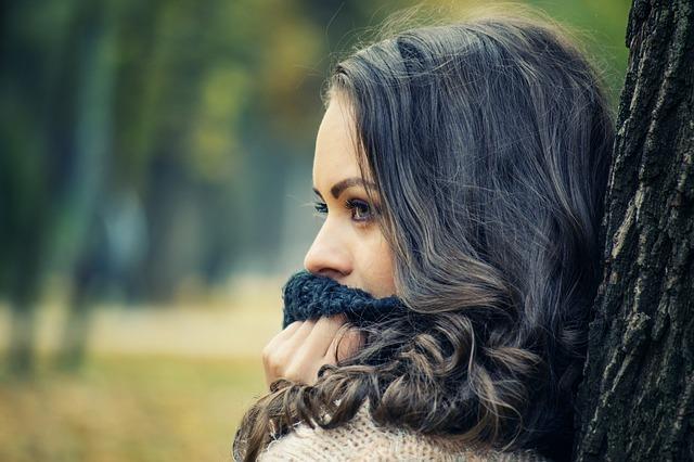 Jakie są charakterystyczne objawy zawału u młodych ludzi?