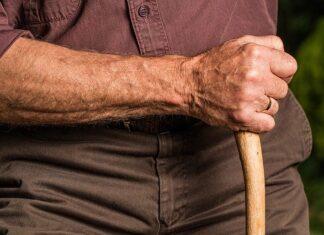 Osteoporoza dotyka osób w podeszłym wieku
